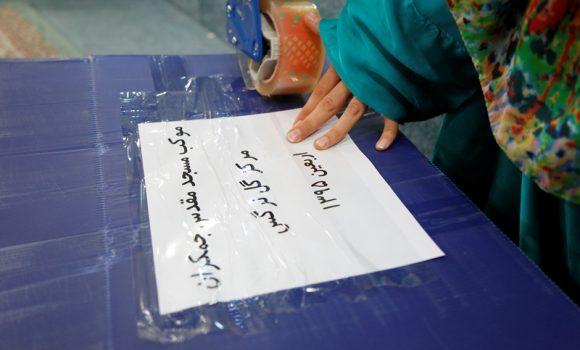 بسته بندی هدیههای کودکانه برای زائران کوچک اربعین