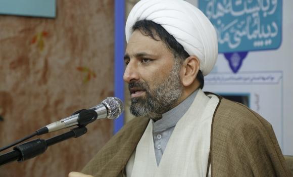 امام خمینی(ره) برایند چندین نهضت اسلامی در چند قرن گذشته است/ نگاه حوزه باید جهانی باشد