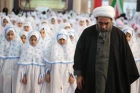 جشن تکلیف 3000 دانش آموز دختر در مسجد مقدس جمکران
