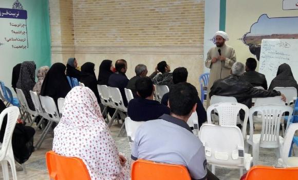 حضور بیش از 3 هزار زائر نوروزی در کارگاه آموزش طب اسلامی/ حضور بیش از 18 هزار کودک در مرکز گل نرگس