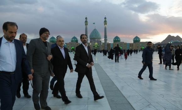 بازدید استاندار قم از مسجد مقدس جمکران
