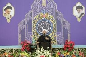 عشق به امام زمان(علیه السلام) سبب حضور میلیونی زائران در مسجد مقدس جمکران شده است