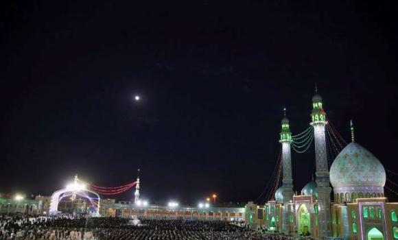 حضور بیش از چهار هزار نفر در تجمع بزرگ راهیان جمکران