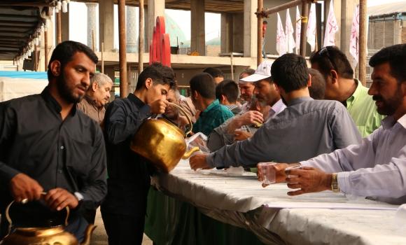 خدمت رسانی موکب مسجد مقدس جمکران به زائران نیمه شعبان