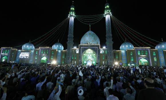 میزبانی مسجد مقدس جمکران از مهدی باوران