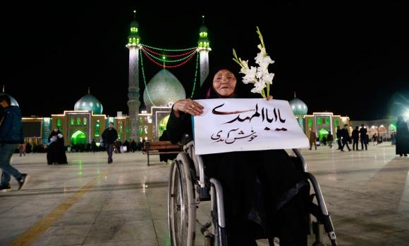 حال و هوای شب میلاد امام حسن عسکری(علیه السلام) در مسجد جمکران