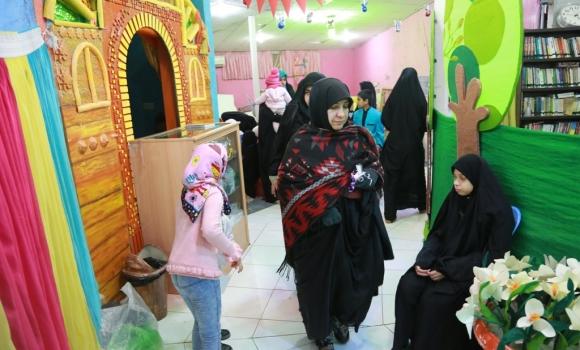 بازدید زائران بحرینی مسجد جمکران از مرکز گل نرگس
