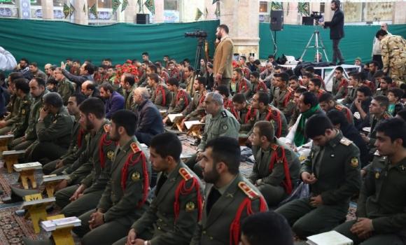 محفل بزرگ قرآنی با حضور دلاوران نیروی زمینی ارتش برگزار شد