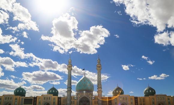 استقبال از زائران نوروزی مسجد مقدس جمکران با مراسم و برنامه های فرهنگی هنری
