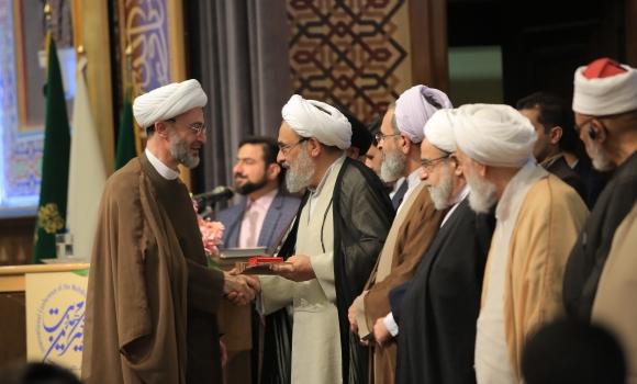 تجلیل از مهدی یاوران سال با حضور تولیت مسجد مقدس جمکران