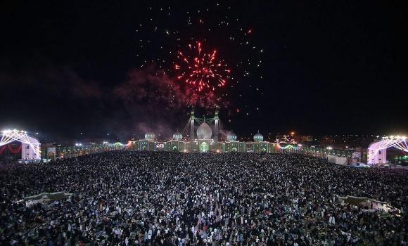 آسمان مسجد مقدس جمکران نورباران شد