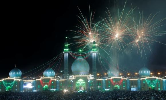 نورافشانی آسمان مسجد مقدس جمکران
