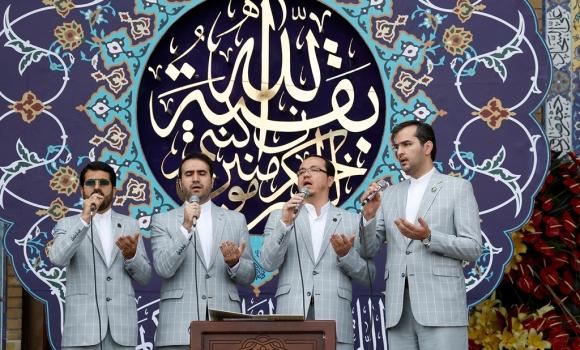 محفل انس با قرآن و عترت(علیهم السلام) در روز نیمه شعبان برگزار شد