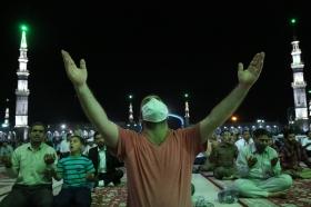 نخستین مراسم قرائت دعای توسل پس از بازگشایی مسجد مقدس جمکران