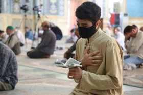 مراسم قرائت دعای ندبه در روز دحو الارض