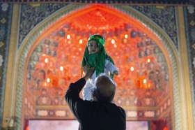 عزاداری شب هفتم محرم با حضور شیرخوارگان حسینی