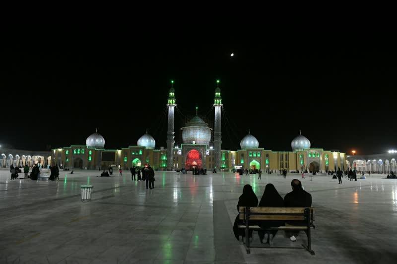 تدارک مسجد مقدس جمکران برای نخستین هفته زمستان