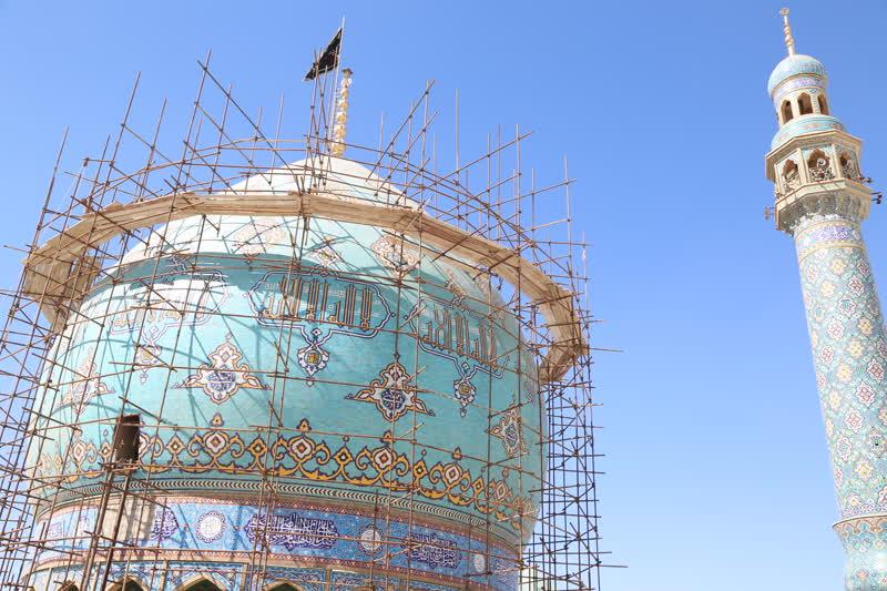 مرمت گنبد فیروزه ای مسجد مقدس جمکران