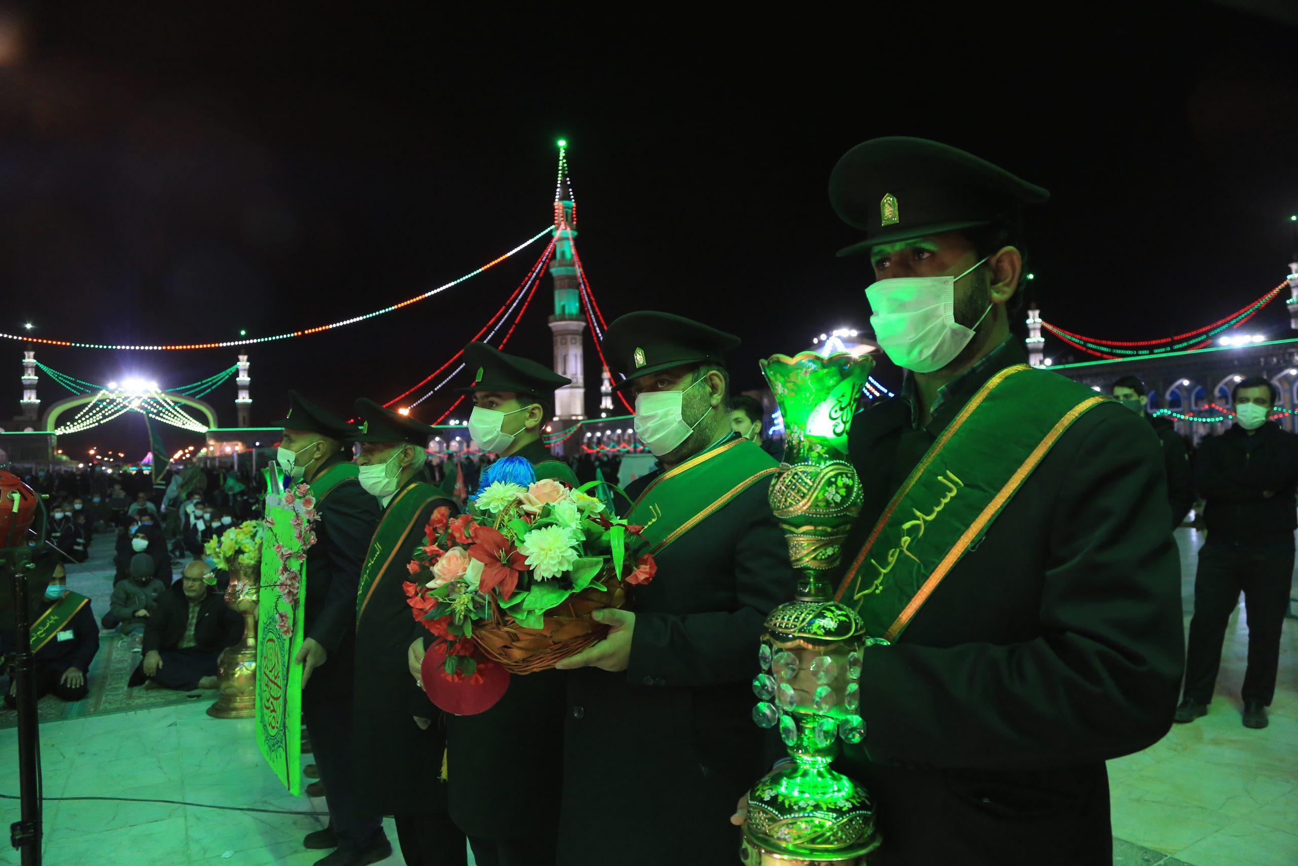 مراسم شکرگزاری خادمان مسجد مقدس جمکران در شام نیمه شعبان
