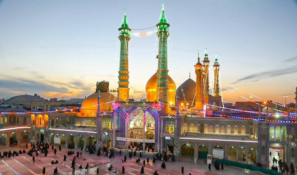 جشنهای سالروز ورود حضرت معصومه(س) به قم برگزار میشود