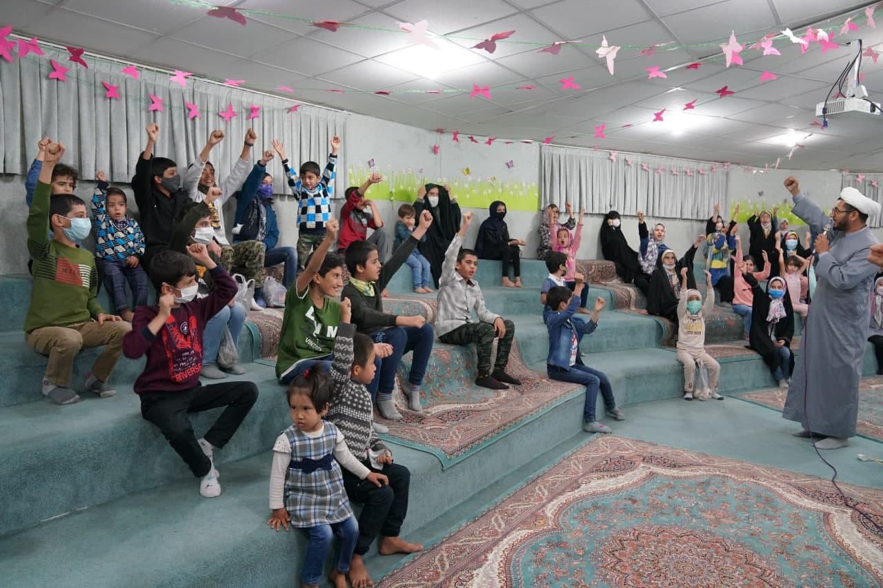 جشن آغاز امامت امام زمان(عج) در گل نرگس مسجد مقدس جمکران